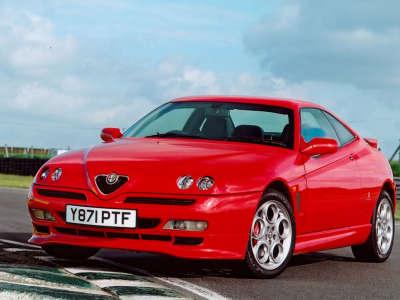 Alfa Romeo GTV 4
