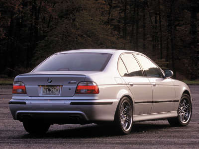 M5 Back Grey1