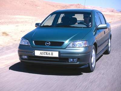 Opel Astra Ii 01 800x600