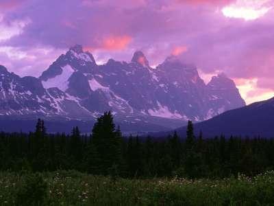 The Ramparts, Canadian Rockies   1600x1200   ID