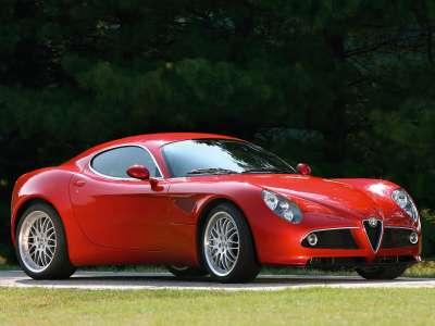 Alfa Romeo 8C Competizione 011