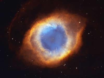 Iridescent Glory Of Nearby Planetary Nebula
