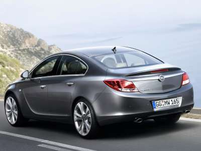 Opel Insignia 07