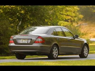 2009 Mercedes E320 BlueTEC 01
