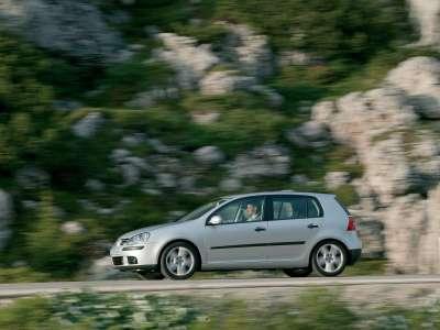 Volkswagen Golf V 022