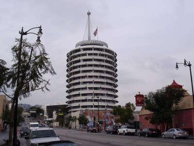 Capitol Records Building 003