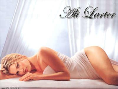 Ali Larter Bed