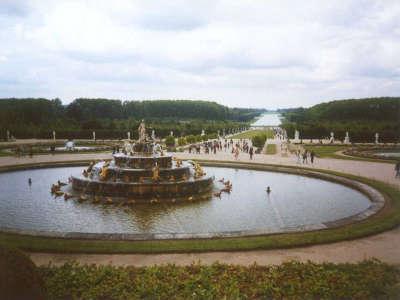 Paris Versailles Fountain 03