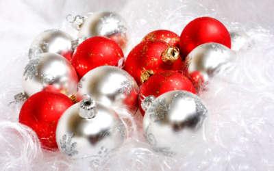 Red And White Christmas Ball Christmas Balls