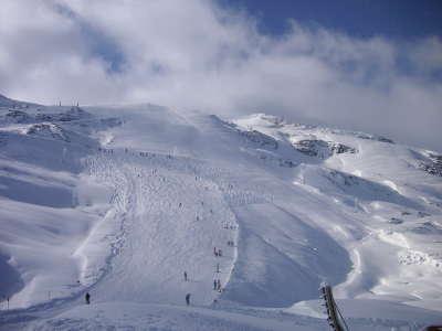 Winter Ski Resort2