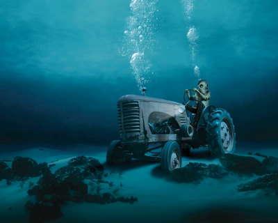 Underwater - Tractor