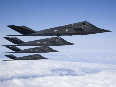 F117 Stealth Formation