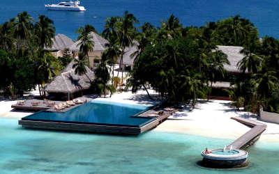Maldives Based Resort Company