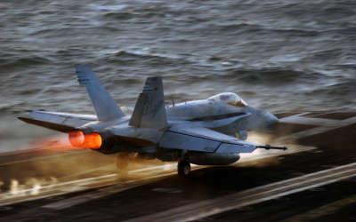 Landing FA18 Hornet