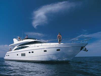 Viking 70 Motor Yacht At Sea