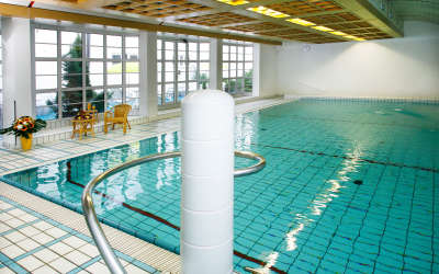 Hallenbad Swimming Pool