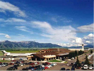 Terminal Large
