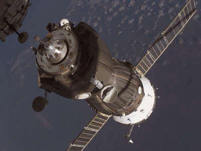 Soyuzdock Iss