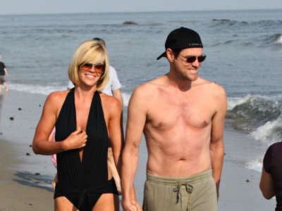 Jim Carrey Jenny Mcarthy Bathing Suit