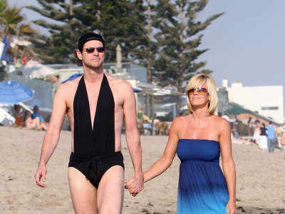 Jenny Mccarthy And Jim Carrey Enjoying