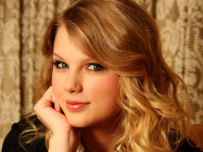 3 2 Taylor Swift