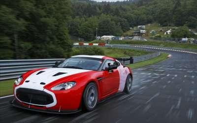 Aston Martin V12 Zagato2