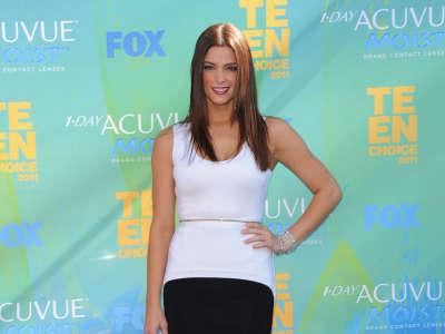 Ashley Greene On Teen Choice Award