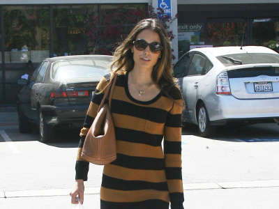 Jordana Brewster In Los Angeles