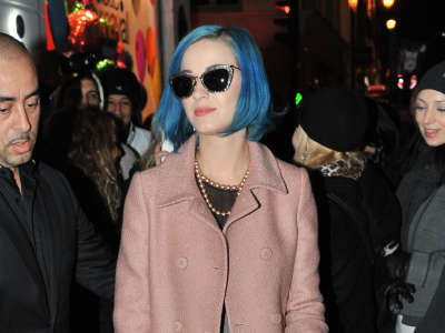 Katy Perry Shopping In Paris