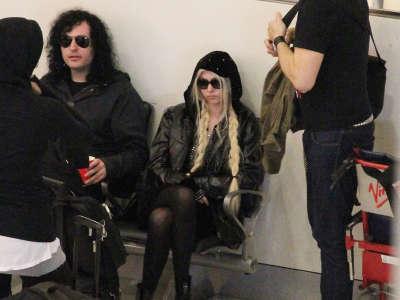 Taylor Monser At Sydney Airport