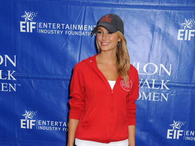 Stacy Keibler At The Memorial Coliseum