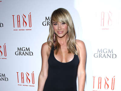 Sara Underwood Hosts At Tabu Stylish Boutique