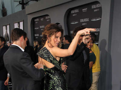 Kate Beckinsale Total Recall Premiere In Hollywood