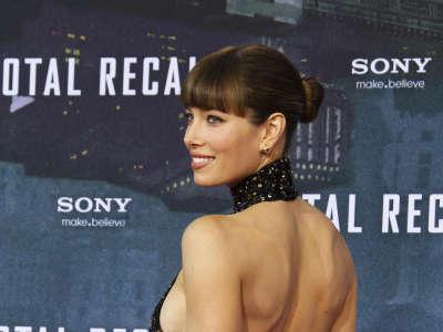Jessica Biel Total Recall Premiere In Berlin