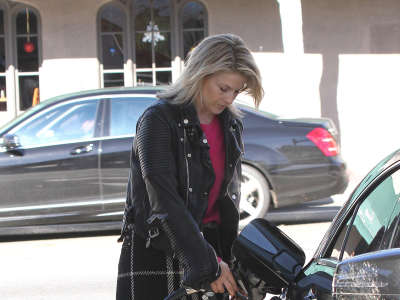 Ali Larter At Gas Station
