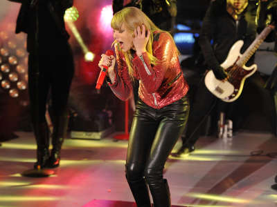 Taylor Swift New Years Eve In NYC