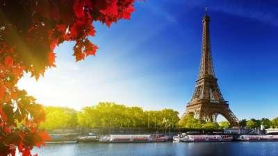 Eiffel Tower Paris France Autumn