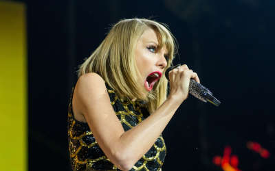Taylor Swift Capital FMs Jingle Bell Ball In London December 7