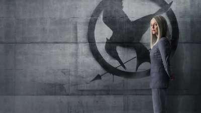 The Hunger Games Mockingjay Part 1 Julianne Moore HD Wallpaper